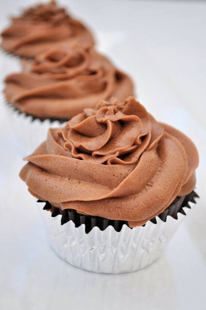 Nutella Buttercream Frosting 2