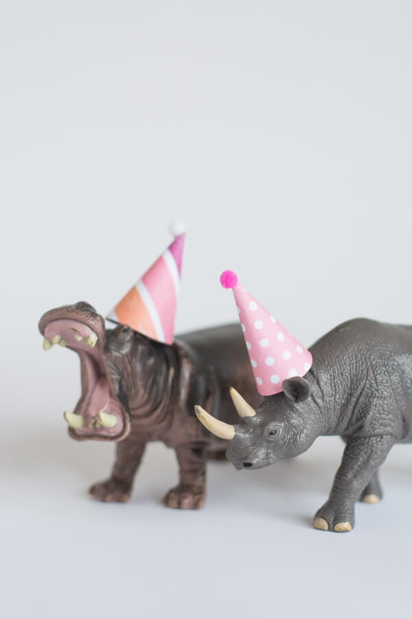 How to Make Party Hats for Plastic Animals   this heart of mine