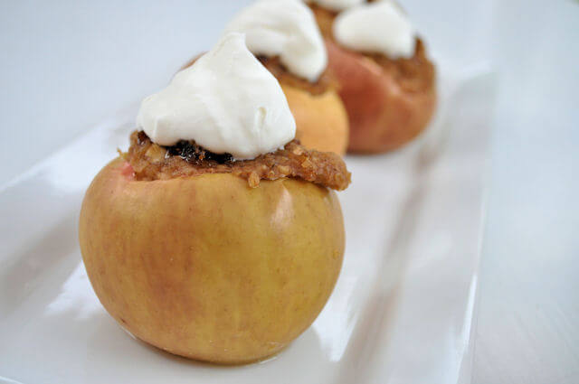 Baked Apples with Oatmeal & Brown Sugar 6
