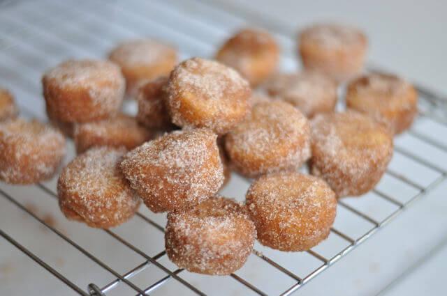 Cinnamon-Sugar Doughnut Muffins • this heart of mine