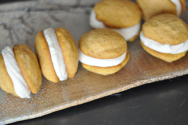 sandwich cookies with brown sugar cream cheese frosting pumpkin cookie ...