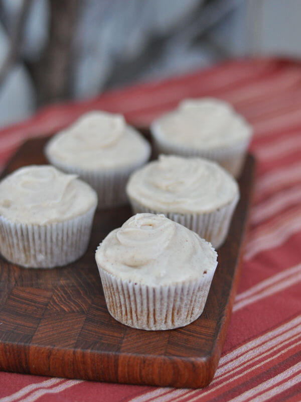 Pumpkin Cupcakes with Cinnamon Cream Cheese Frosting – this heart of ...
