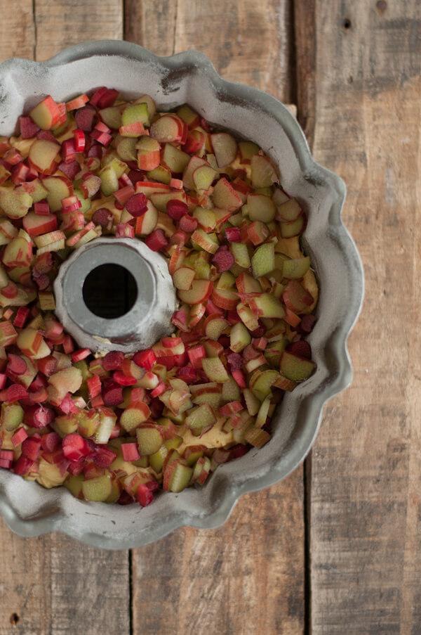 rhubarb-bundt-cake